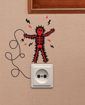 Разряд - наклейка на розетку, включатель, выключатель