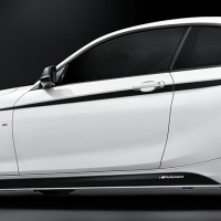 Наклейка на BMW полоса