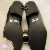 Наклейки на туфли
