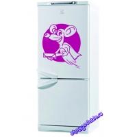 Крыска - наклейка на холодильник